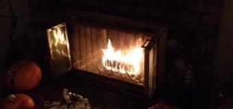 暖炉の季節がやってきました
