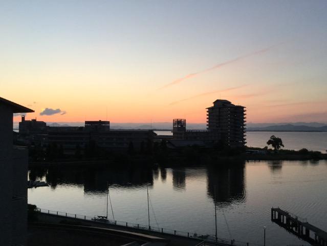 琵琶湖湖畔の宿